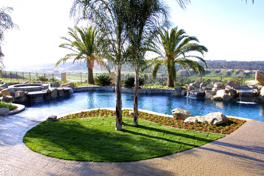 lot8_poolview1