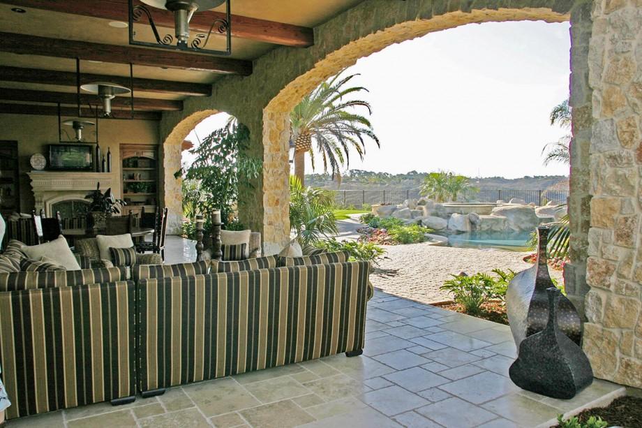 lot93_veranda2